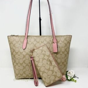 New Coach purse and wallet set